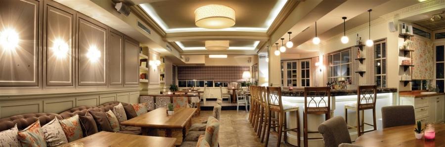 FAMILY cafe bar restaurant