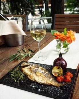 Ресторант Милос