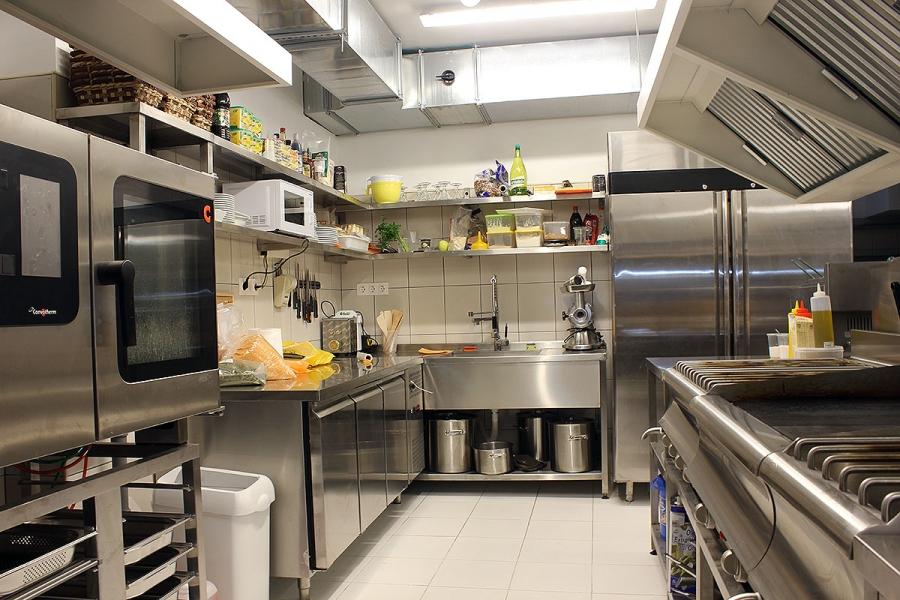 модерната ни кухня