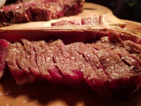 Dry Aging или изкуството на облагородяване на месото